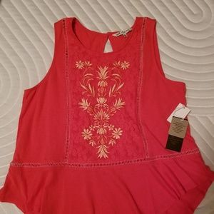 Armless Lace embroidery ladies top